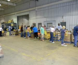 Tyler Pipe Lends A Hand To The East Texas Food Bank Mcwane Poles